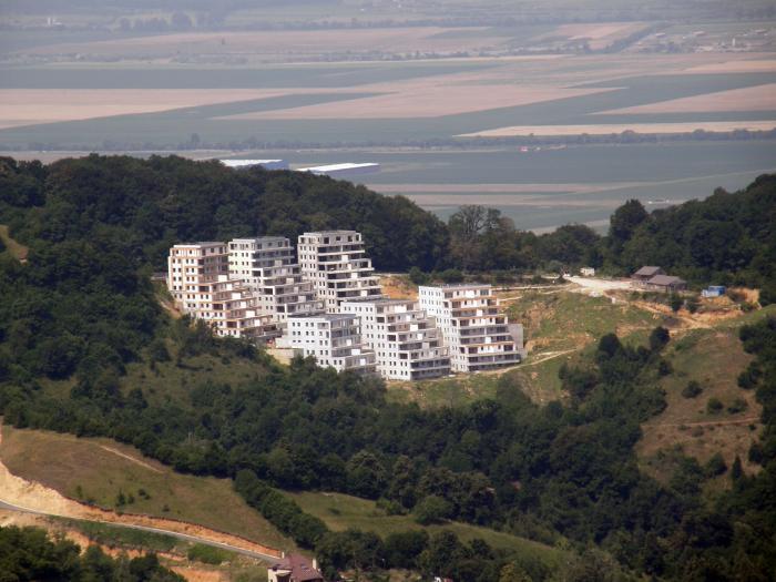 blocuri season residence