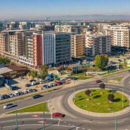 Prețurile locuințelor din Brașov au explodat luna trecută, sărind de 1.300 de euro/mp. Apartamentele noi s-au scumpit până la 1.378 de euro/mp