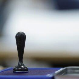 Prezență la vot mai mică față de acum patru ani la orele 12.00. Peste 55.000 de brașoveni au votat