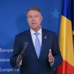 Klaus Iohannis a semnat astăzi legea prin care 15 noiembrie este desemnată Ziua Revoltei Anticomuniste de la Brașov