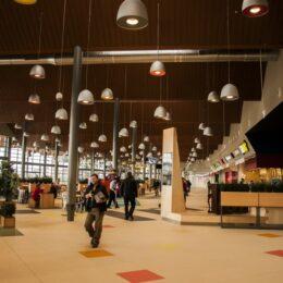 Un mall din Brașov va fi deschis pe 1 ianuarie 2021. Vezi unde poți merge la shopping în prima zi a anului viitor