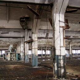 Un dezvoltator din Iași va demola halele care adăposteau secțiile turnătoriilor din Tractorul pentru a transforma zona într-un ansamblu imobiliar