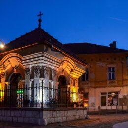 """Primăria va reface troițele junilor. """"Acestea sunt monumente istorice și elemente importante din tradiția și din spiritul Șcheilor Brașovului"""""""