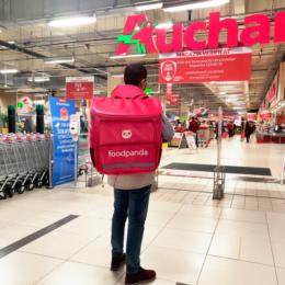 foodpanda România va livra rapid produse din hipermarketurile Auchan. Serviciul este disponibil din Brașov și Iași
