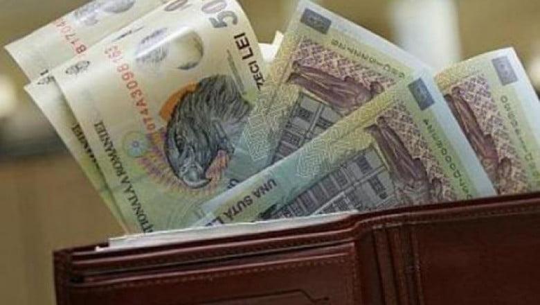 Jumătate din contractele de muncă înregistrate în Revisal sunt cu salarii nete sub 1.600 de lei