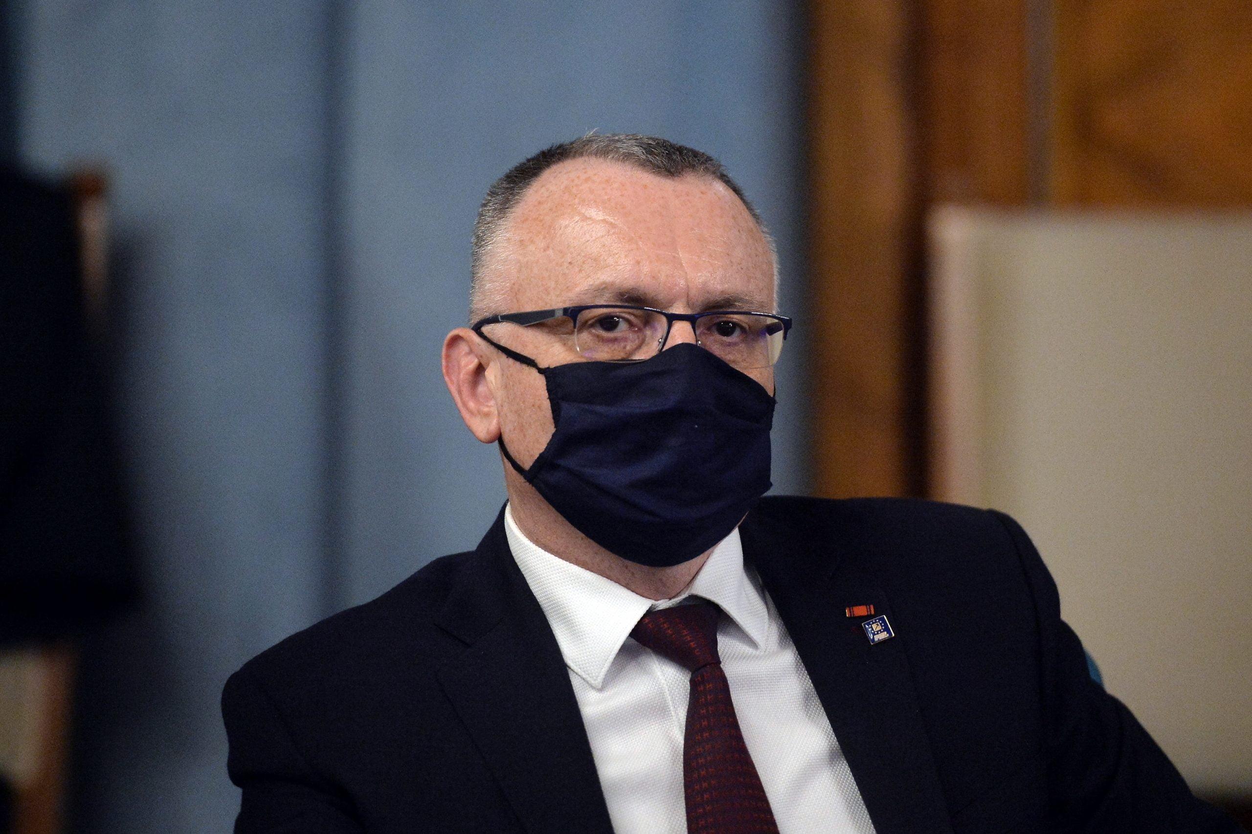 """Sorin Cîmpeanu, ministrul Educației: """"Propunerea pentru revenirea la structura anului școlar cu trimestre va fi lansată în dezbatere publică cel târziu în această toamnă"""""""