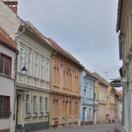 Primăria Brașov reabilitează clădirile de patrimoniu din centrul istoric al Brașovului, printr-o strategie aplicată deja de Oradea