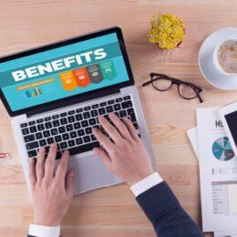 STUDIU 66% dintre angajatori mai oferă beneficii extrasalariale. Tichetele de masă, serviciile medicale private și decontarea transportului se află în preferințele angajaților