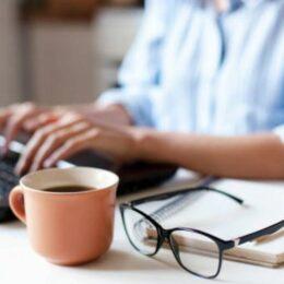 STUDIU BestJobs: 60% dintre români sunt interesați să fie freelanceri în afara jobului actual pentru a-și suplimenta veniturile