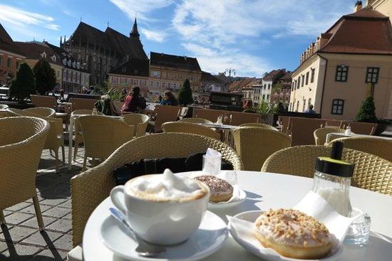 Zece locuri pe care trebuie să le vezi în Brașov – Catacombe, turnuri, telescaun, tiroliene