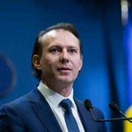 """Cîțu: """"Trebuie să eliminăm vocile împotriva campaniei de vaccinare"""""""