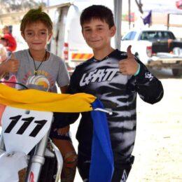 Luca, un băiețel de 11 ani din Brașov, cel mai tânăr motociclist de la capătul lumii