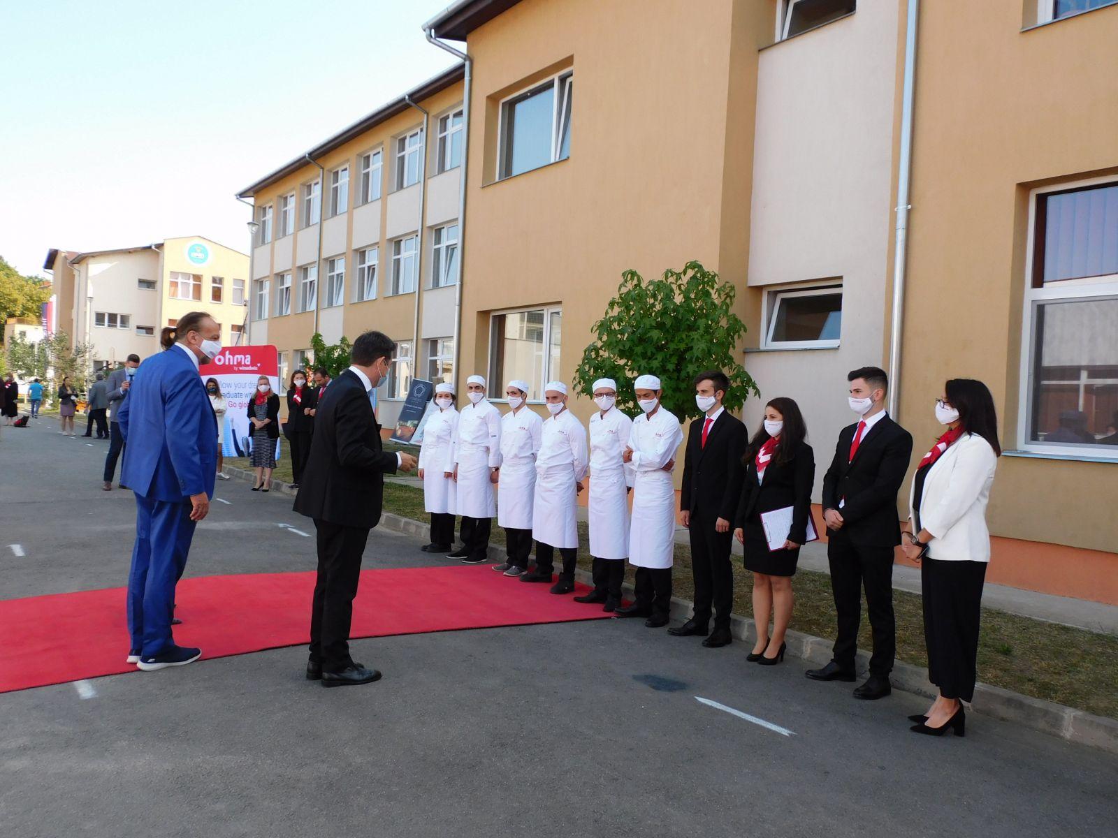 După ce vor deschide anul acesta o academie hotelieră la Brașov, elvețienii de la Winsedswiss se vor extinde cu noi astfel de centre educaționale în țară