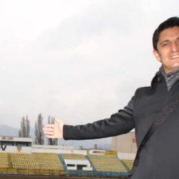 Antrenorul Răzvan Lucescu a plătit jumătate din datoriile istorice ale FC Brașov către Fisc