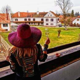 FOTO Castelul Daniel din Țălișoara, un conac vechi de peste 400 de ani care a aparținut unei familii de conți din Transilvania