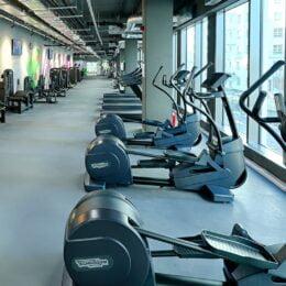 O rețea de săli de fitness, care operează și la Brașov, a primit o amendă de 2.000 de euro, după ce a divulgat în mediul online date personale ale unui angajat demisionar