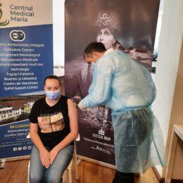 800.000 de copii şi adolescenţi din țară sunt eligibili pentru vaccinare anti-COVID
