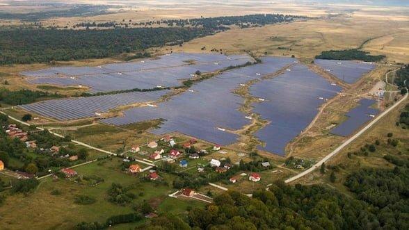 Chinezii au vândut energie solară de 8.6 milioane de euro produsă de parcul de la Ucea de Sus. Au scăpat și de datorii de peste 100 de milioane de euro