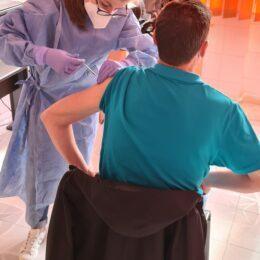Peste 400 de angajați ai RATBV s-au vaccinat împotriva COVID-19. Obiectivul societății este ca peste 50% dintre salariați să fie imunizați
