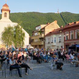 FOTO Muzică de film și concert Anatoly, în acest weekend, în Piața Sfântul Ioan. Vezi aici programul stagiunii estivale